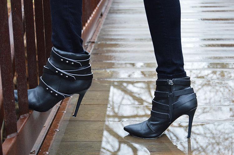 ShoeDazzle-Shuyler-Boots