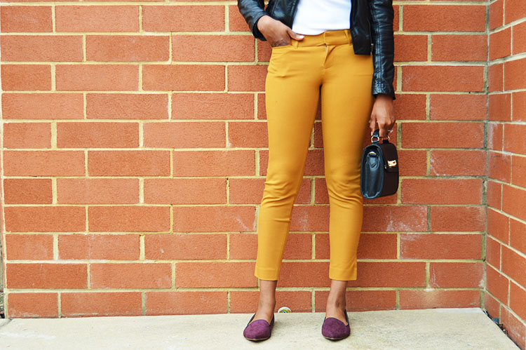 Old-Navy-The-Pixie-Mid-Rise-Pants