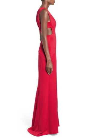 Venus-Sidecut-gown
