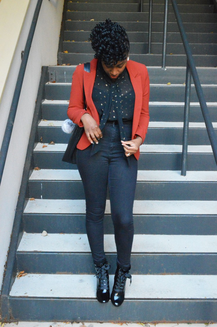 Fall-Blazer-And-Blouse-And-Booties-Look-2