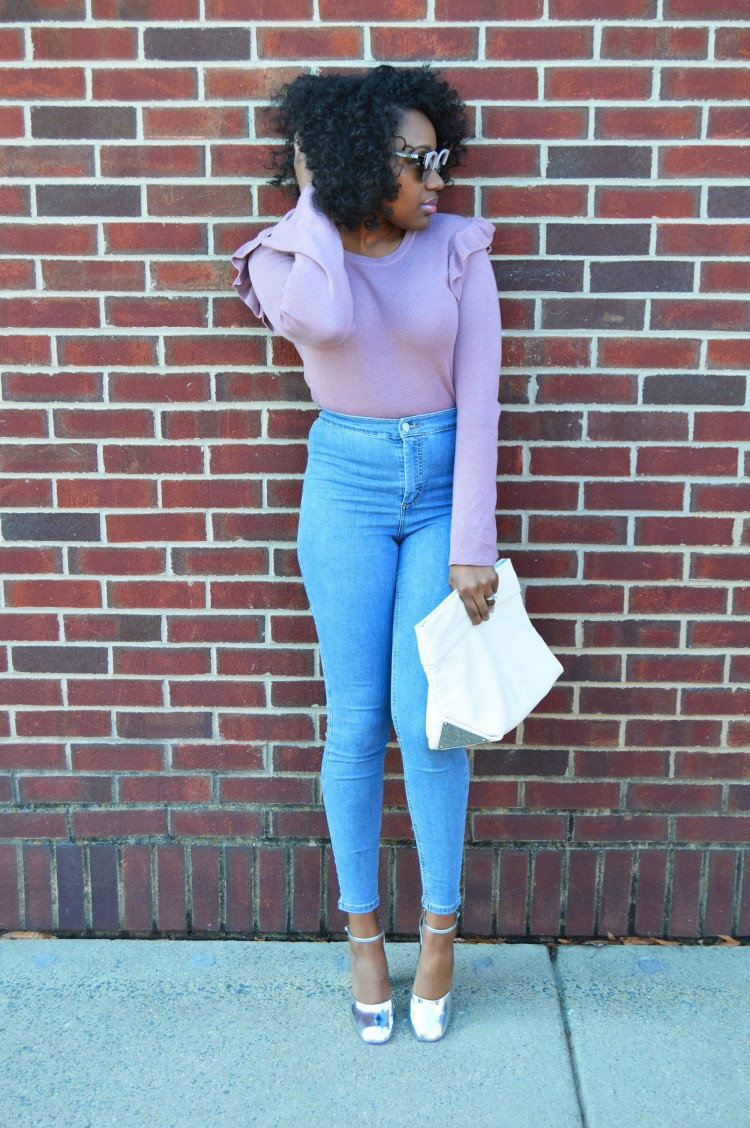 Ruffle-Bell-Sleeve-Sweater-and-High-Waisted-Jeans-3