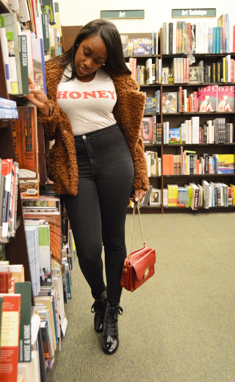 Graphic-Tee-and-Faux-Fur-Coat-2